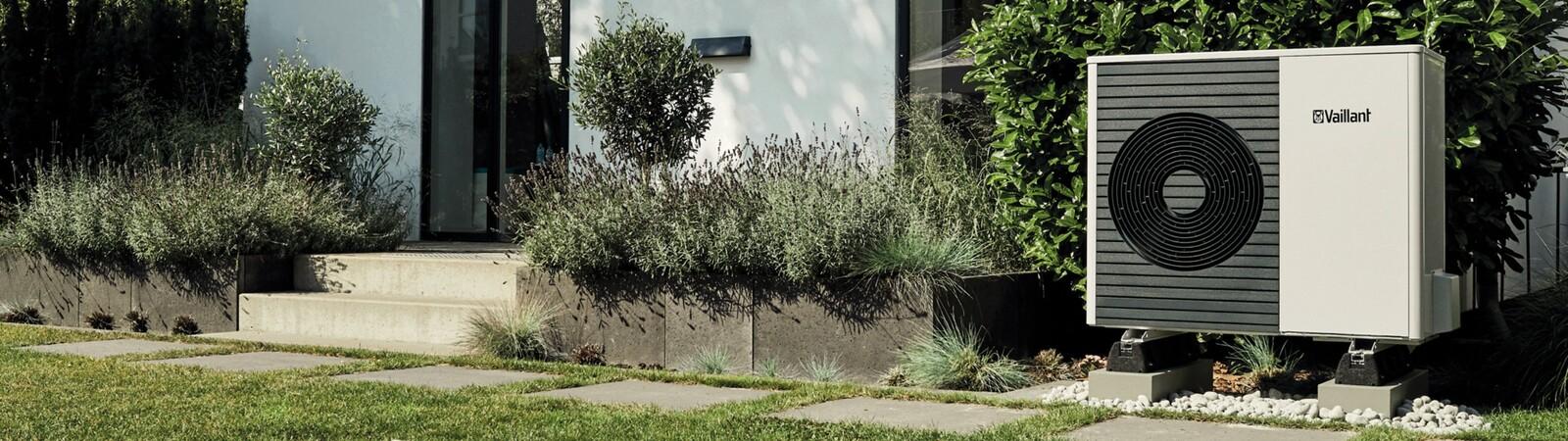 aroTHERM split en el exterior de una vivienda