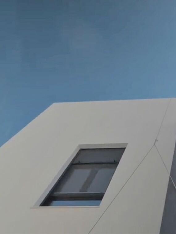 Fachada de vivienda unifamiliar en San Fernando