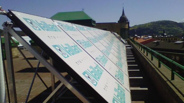 Instalación de 48 captadores solares