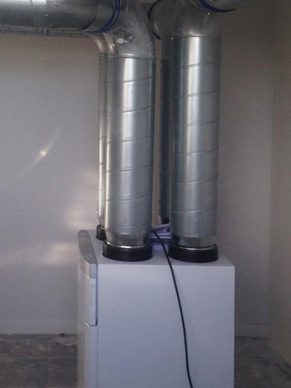 Aerotermia y energía solar térmica con ventilación con recuperación de calor